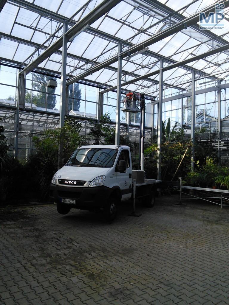 oprava skleníku plošinou